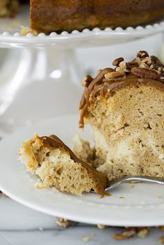 Apple Spice Bundt Cake with Cream Cheese Filling Fall Desserts, Delicious Desserts, Dessert Recipes, Cream Cheese Filling, Cake With Cream Cheese, Apple Pecan Pie, Cottage Meals, Apple Glaze, Bundt Cake Pan