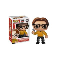 Big Bang Theory Leonard Hofstadter Star Trek Gold Shirt Pop!... ($9.99) ❤ liked on Polyvore featuring home, home decor, star trek figure, star trek home decor, vinyl figurines, vinyl figure and star trek figurines