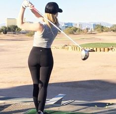 golf lessons and tips Girls Golf, Ladies Golf, Lpga Golf, Sexy Golf, Sporty Girls, Golf Outfit, Golf Attire, Female Athletes, Women Athletes