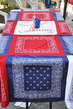 Bandanna tablecloth.....love this idea! So cute for a picnic table - add facing & water-proof liner to the back, awesome picnic/beach blanket!