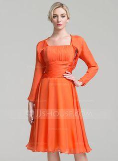[CA$ 141.03] A-Line/Princess Square Neckline Knee-Length Chiffon Mother of the Bride Dress With Ruffle Bow(s)