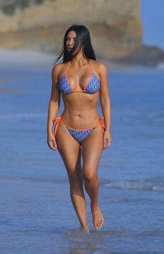 Kim Kardashian out i