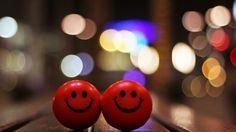 Happy Smiley Mac Wallpaper