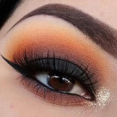 morphebrushes palette, chrome yellow for transition and dark matter on the lid. Inner corner: bright lights luxury glitter (use my code KILLANDIA for off your purchase!) Liner: color stay liquid liner Lashes: coming soon Makeup Goals, Love Makeup, Makeup Inspo, Makeup Tips, Beauty Makeup, Hair Beauty, Orange Eyeshadow, Eyeshadow Looks, Looks Dark