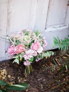 Pink and green garden bouquet | photography by http://www.whiteivoryphotography.com