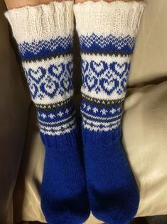 Knitting Socks, Knit Socks, Mittens, Anna, Hats, Instagram Posts, Blog, Decor, Couples