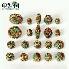 772ff8920f88 10 estilos Retro Nepal hecho a mano rojo Coral tibetano de oro antiguo para  joyería DIY