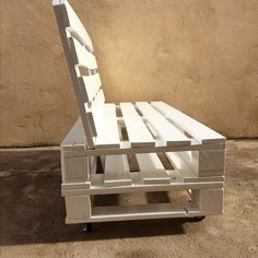 Wooden patio furniture near me and wooden outdoor furniture near me. Pallet Garden Furniture, Diy Outdoor Furniture, Diy Furniture, Pallet Couch Outdoor, Furniture From Pallets, Garden Pallet, Fireplace Outdoor, Pallet Bench, Furniture Dolly
