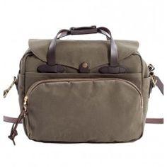 Filson laptoptas ottergreen  / original briefcase available at http://www.beaubags.nl/brands-we-like/filson