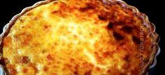 hemelse ligte ete, ook perfek vir eenpan ontbyt 1 kop melk 1 blik bull brand boeliebief 1 ui, gekap 1 groenrissie, gekap 1 kop gerasperde kaas 6 ekstra groot eiers, geklits 3 el kookolie rooi en of… Tuna Quiche, Quiche Muffins, Frittata, Kos, Salty Tart, Beef Pies, Fish And Meat, Quiche Recipes, Casserole Recipes