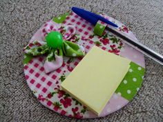 Recycled Cd Crafts, Diy And Crafts, Cd Project, Cd Diy, Felt Templates, Diy Bow, Handmade Decorations, Craft Fairs, Sewing Crafts