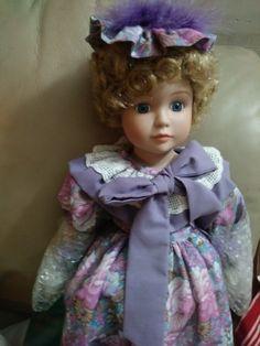 Porcelain doll at Billy's Second Hand Finds Porcelain Dolls For Sale, Girls Dresses, Flower Girl Dresses, Two Hands, Harajuku, Facebook, Wedding Dresses, Artist, Crafts