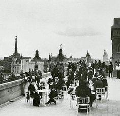 Terraza de la confitería de las Tiendas Gath y Chaves. Buenos Aires