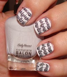 I love this musical nail art design....now to find someone with skill to do this for me