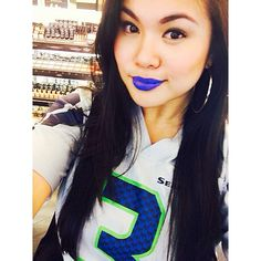 BLUE lips by Urban Decay