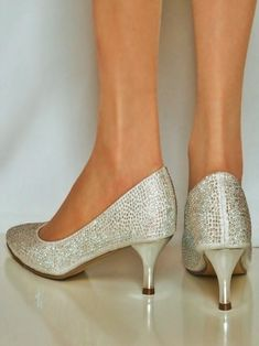 09a9819a310d9 Ladies Fancy Style Pump Shoes With Small Heals