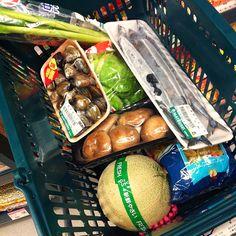 老婆週日下午買菜籃。My wife's Sun. afternoon #supermarket shopping cart #Taiwan #food #love