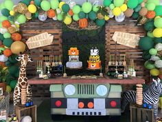 Birthday / Safari - Photo Gallery at Catch My Party Safari Theme Birthday, Wild One Birthday Party, Safari Birthday Party, Boy Birthday Parties, Birthday Party Decorations, Birthday Ideas, 2 Baby, Safari Decorations, Birthdays