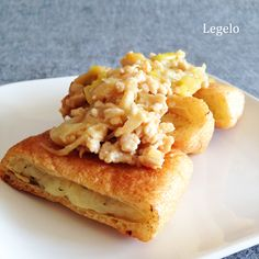Easy Japanese  recipe. http://legelo.info/2015/01/19/recipe-aburaagetumeyaki/  Baked , Fried tofu stuffed mush potato&shiso. Topping , Mince chicken & Bunching onion &  miso. Thanks♪