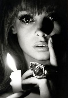 Jean Shrimpton photographed by Bert Stern, 1960 - Vintage - Photography - Fashion - Portrait - Close-up Jean Shrimpton, Photography Women, Vintage Photography, Portrait Photography, Fashion Photography, Modeling Photography, Lifestyle Photography, Editorial Photography, Glamour Photography