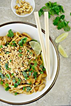 Easy Chicken Pad Thai l SimplyScratch.com