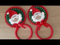 Crochet Towel Holders, Crochet Towel Topper, Knitting Socks, Baby Knitting, Christmas Decorations, Christmas Ornaments, Holiday Decor, Mosaic Vase, Baby Socks