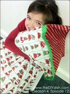 Christmas Pillowcase (video tutorial )- sewing using the hotdog or burrito method. I had no idea what the hotdog method was but its a really a great way to ... & How to make a Pillowcase- Burrito/Sausage/Roll Up method NO ... pillowsntoast.com
