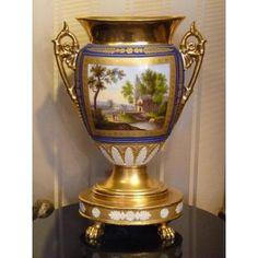 Vase En Porcelaine De Paris, Epoque Empire, Décor Paysage ...
