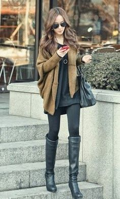 Black outfits over brown oversized sweater. #women #fashion