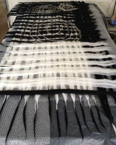 www.nadinsmo.com Today I'm starting my New Black and White Luxury  Collection -lazy lazy felting from pure,soft merino wool 18mic