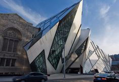 Architektur der besten Museen weltweit > wir bringen heute Ihnen Beispiele der anspruchsvollen Architektur der besten Museen der Welt.#museen #architektur #kunst Lesen Sie weiter: http://wohn-designtrend.de/architektur-der-besten-museen-weltweit/