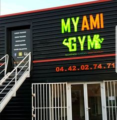 New salle musculation fitness cours training MY AMI GYM  @maxlop10 @floydmayweather @flotov @gymmotivation @conseil_muscu @lefivevitrolles @antoine_gt_ @elamstone @marie_fit26 @lafrenchco_ @alyx_babycoach #vitrolles #marignane #stvictoret #rognac #fitness #like #followme #like4like #training #crossfit #me #like4like #lefive #instagood #instagram #ete2018 #summer2018 via My Ami Gym