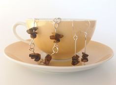 Tigers Eye bracelet and earrings with magical power
