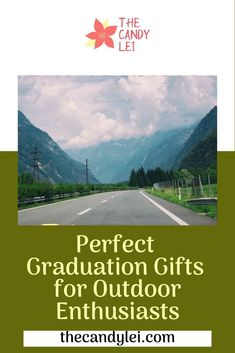 Perfect Graduation Gifts for Outdoor Enthusiasts - The Candy Lei Great Father's Day Gifts, Unique Gifts For Men, Cool Gifts, Student Jobs, Student Life, Graduation Gifts For Guys, Fathers Day Presents, Gifts For Your Boyfriend, Field Guide