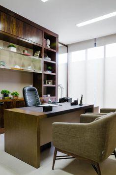 kabinett einrichten zu hause schreibtisch lackiert b cherregale kronleuchter design shelves. Black Bedroom Furniture Sets. Home Design Ideas