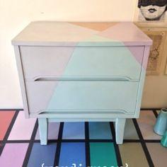 painted nightstand | annie sloan chalk paint(r) | DIY | modern fresh geometric | pastel home decor | verdigreen | painted furniture #anniesloan #chalkpaint #diy