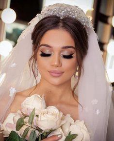 Das neueste Braut-Make-up-Modell mit den neuesten Friseurmethoden - New Site Das neueste Braut-Make-up-Modell mit den neuesten Friseurmethoden - - جدیدترین مدل میکاپ عروس با متد های روز آرایشگرهای حرفه ای Das neueste Braut-Make-up-Modell mit den n Dramatic Wedding Makeup, Wedding Makeup For Brown Eyes, Wedding Makeup Tips, Natural Wedding Makeup, Wedding Hair And Makeup, Wedding Beauty, Wedding Bride, Elegant Wedding, Natural Makeup