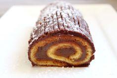 Bûche de Noël facile [chocolat, crème de marron, orange] http://www.royalchill.com/2013/12/17/buche-de-noel-facile-chocolat-creme-de-marron-orange/