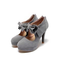 Highlight with the bowknot on make this pumps shoes so fashion and cute. What's more, it with plus size