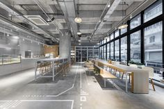 Completed in 2018 in Hong Kong. Images by Dick Liu. Located within Bohemian House in the old-meets-new Western District, the project is the second boutique café designed by Studio Adjective, a Hong. Design Shop, Coffee Shop Design, Cafe Design, Design Design, Cafe Industrial, Industrial Bedroom, Industrial Interiors, Cafe Interiors, Industrial Wallpaper