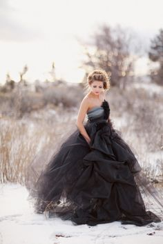 Gorgeous black wedding dress for the alternative bride. Halloween Wedding Dresses, Black Wedding Dresses, Prom Dresses, Tulle Dress, Beautiful Gowns, Belle Photo, Just In Case, Fashion Photography, Wedding Photography