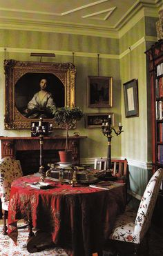 Victorian Villa South London built in 1890's. Decorated by Chirstophe Gollut. Image from Book: Judith Miller's COLOR