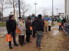 In de modder op de bouwplaats waar Bouwbedrijven Jongen aan het bouwen zijn (8 februari 2014)