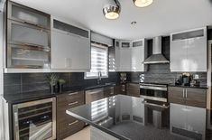 Idée relooking cuisine Choisir son comptoir de pierre : granit quartz ou Dekton?