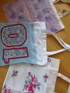 """You all know that plastic bags are not good for our environment. Using the good old """"Jute-bag"""" doesn't seem to be a nice alternativ. Make Your Own, Make It Yourself, How To Make, Jute Bags, Plastic Bags, Shopping Bags, Good Old, Environment, Diy Crafts"""