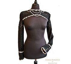Bolero Perle, victorian shrug, steampunk noir, Somnia Romantica by Marjolein Turin. €54.00, via Etsy.  AP bolero