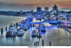 #BluePort #Hamburg #EuropaPassage #EuropaPassageHamburg #Moin #welovehh #typischhamburch
