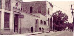 Calle del barrio de San Angel, al sur de la Ciudad de México.