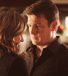 """sky-exceeder:      5x09 """"Secret Santa""""    I'm being overwhelmed with emotions over the way he's looking at her and her smile."""