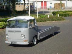 Grey- vw - bus